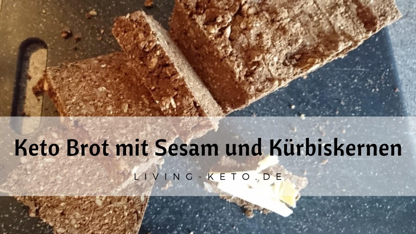 Brot mit Sesam und Kürbiskernen